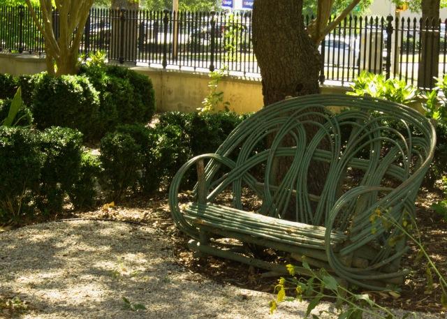 Hampton garden branch bench